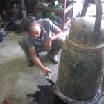 Sửa máy bơm nước chống lũ lụt ở Thanh Hoá
