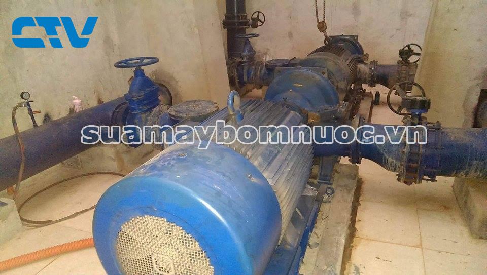 Sửa hệ thống máy bơm tại nhà máy nước sạch Yên Phong