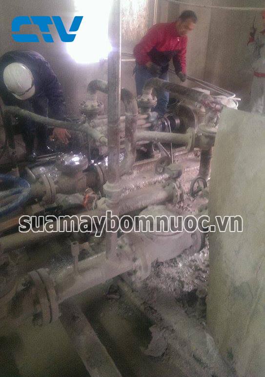 Sửa bơm tăng áp tại nhà máy Xi Măng Trung Sơn Hoà Bình